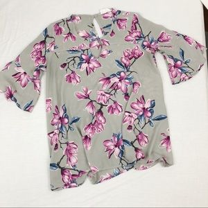 Gray, Pink, & Blue Floral 3/4 Sleeve Blouse Large